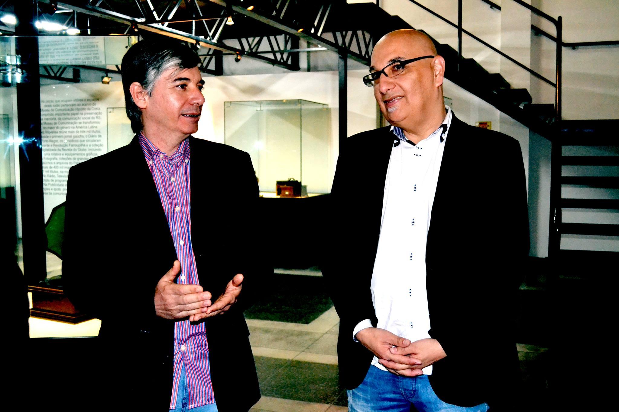 Nosso associado, Yuri Victorino, e o secretário de Estado da Cultura Victor Hugo.