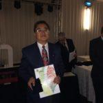 William Dao Chen, premiado com Ouro Grande, um dos quatro expositores a expor em 1966 e 2016. Recebeu placa comemorativa ao fato